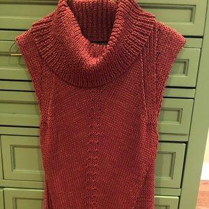 Crochet turtle neck White House Black Market